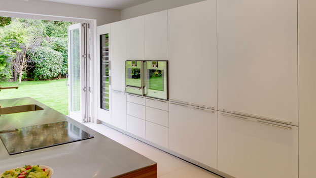 Bright and airy contemporary kitchen design in Hertfordshire